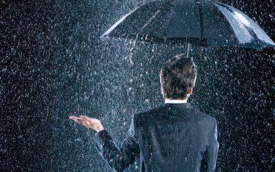 """""""Take a rain check"""" – """"Deixa pra próxima"""" – Gírias em Inglês"""